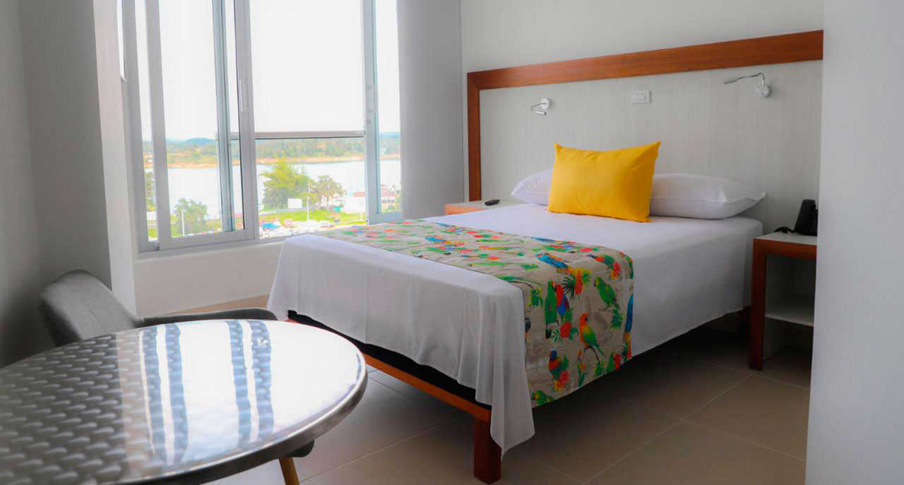 Hotel Santorini Guatape
